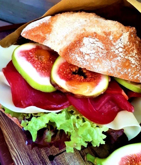 Gänsebrust-Sandwich mit Frischkäsecreme